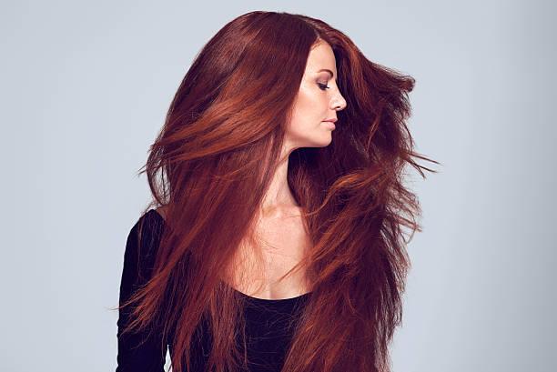 teñirse el pelo con henna