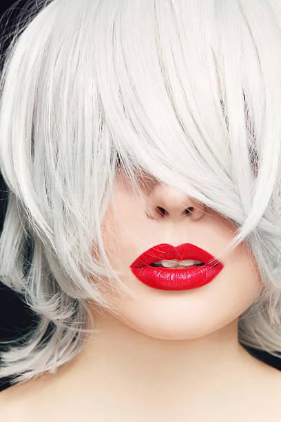 cabello con tinte blanco