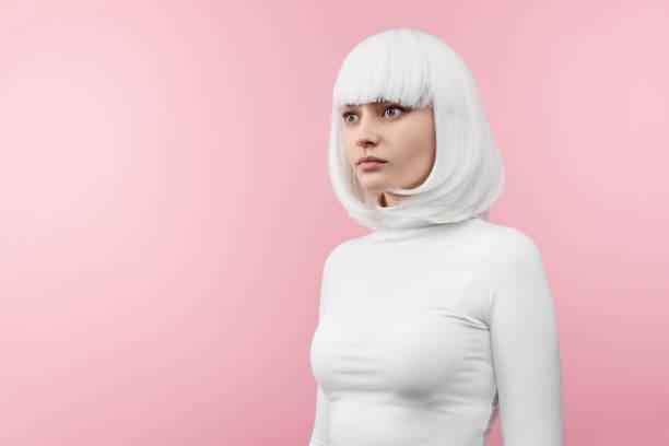 chica con tinte blanco