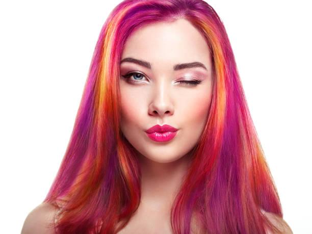 chica con varios colores fantasia